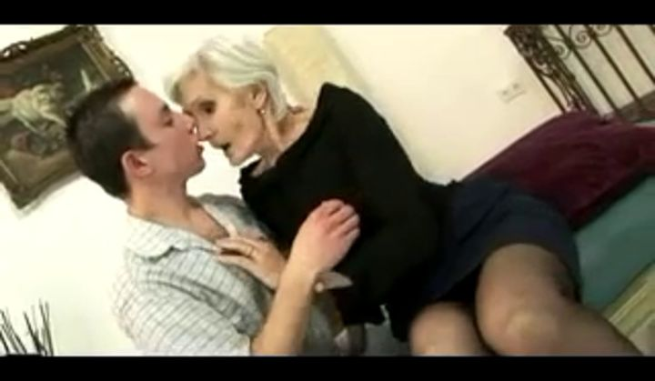 Straight - Grey Haired Granny Viviana Takes Internal Ejaculation